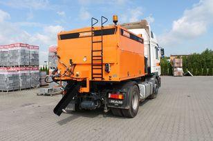new Strassmayr AC asphalt distributor