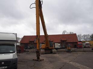 ETEC R830 tracked excavator