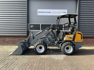 new GIANT G2300 HD minishovel / kniklader NIEUW €465 LEASE wheel loader